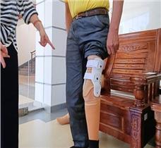 老爷子的特别定制假肢